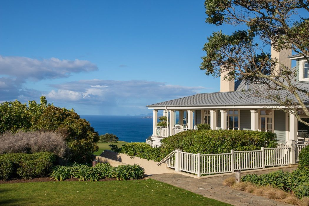 The main lodge at Kauri Cliffs